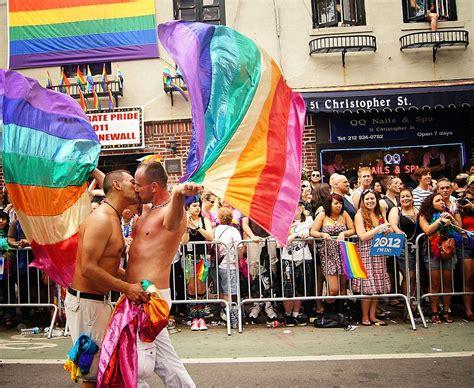 gay pride day new york jpg 1024x840